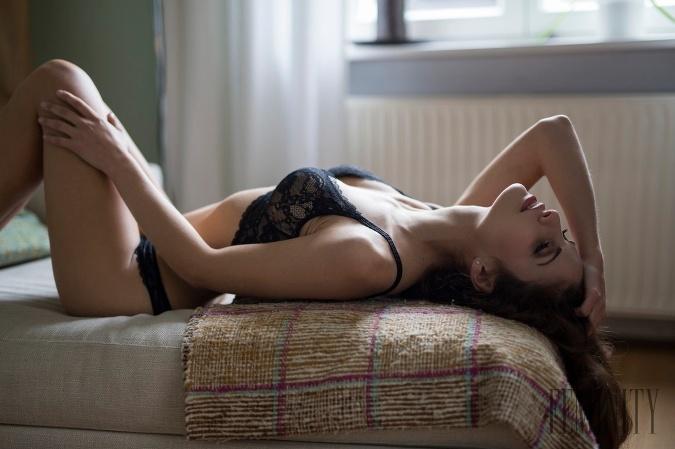 Erotické poviedky: Milenec mi ukázal zlepšovák, ktorý zmenil môj sexuálny život o stoosemdesiat stup