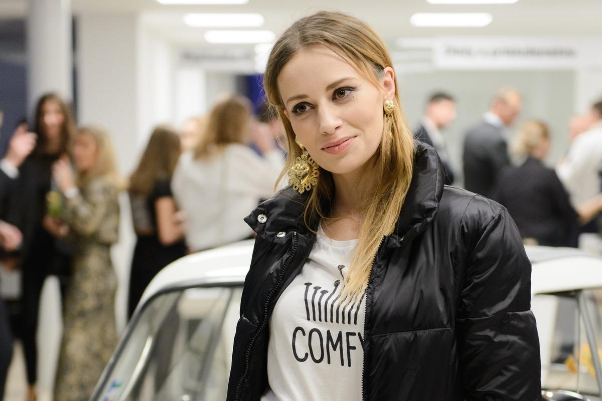 fb470fdb6 VIDEO: Predstavenie ekologickej predajne BMW: Mária Čírová a Soňa Skoncová  prezradili, prečo milujú silné autá   Feminity.sk
