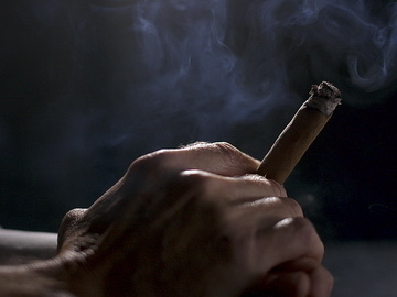Pomalé fajčenie videá