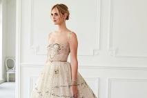 53f4aa6aff ... Módny dom Dior sa postaral Chiare o tri druhy unikátnych šiat ...