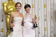 Jennifer Lawrence a Anne Hathaway