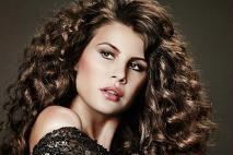 Tajomstvo krásnych vlasov Aziatiek  Vieme 19ec0c4dc4a