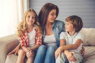 Aké vreckové dávate svojmu dieťaťu? Jeho výška by mala závisieť od nasledujúcich vecí