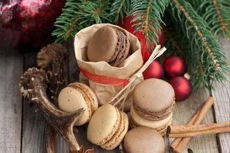 Spríjemnite si tretiu adventnú nedeľu niečím sladkým: Vianočné makrónky vám vyčaria úsmev na tvári