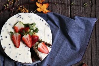 Brownie cheesecake s dvomi druhmi čokolády: Týmto sladkým dezertom rozhodne potešíte svoju polovičku na Valentína