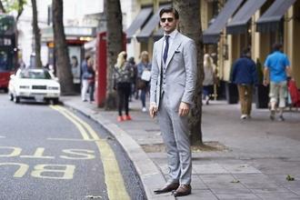 Biznis oblečenie na pracovisku: Toto vám pomôže ku kariérnemu rastu, avšak pozor na výber obuvi