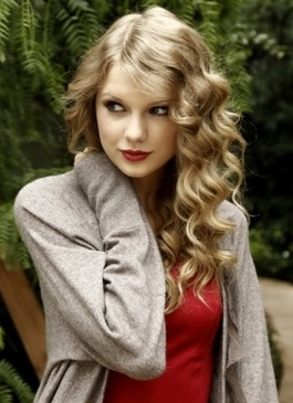 4e158aef182b Taylor Swift