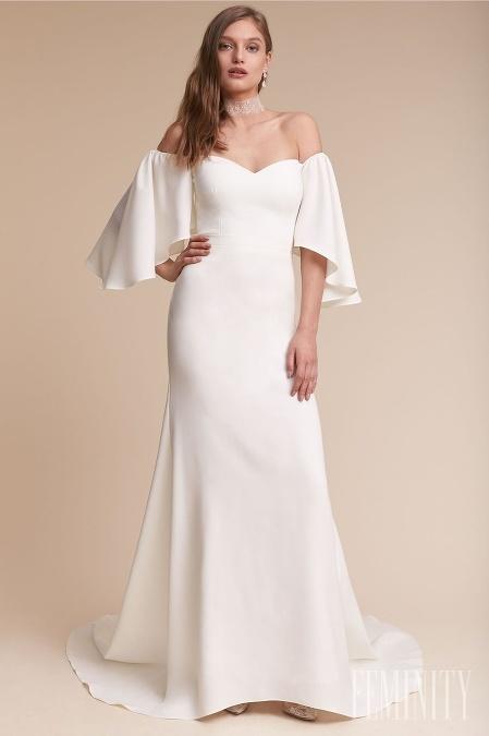 8726275a3705 Krásne smotanové šaty s