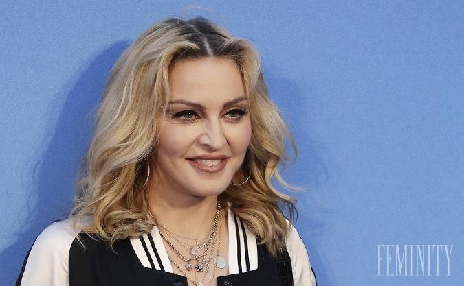 Speváčka Madonna sa o