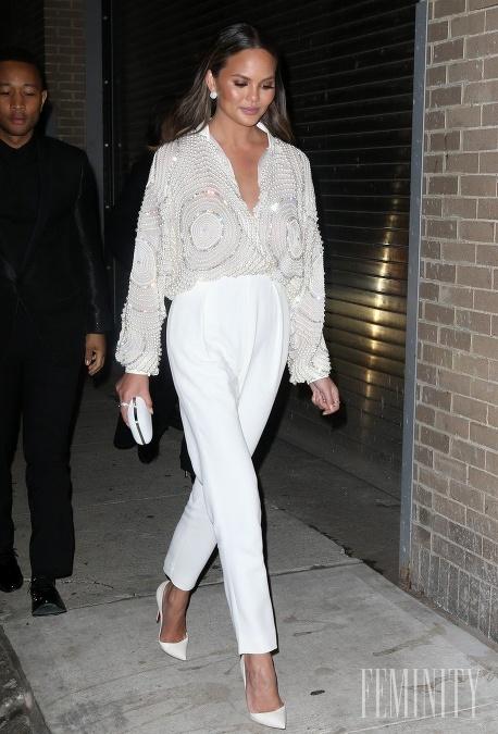 Trojštvrťové nohavice v bielej