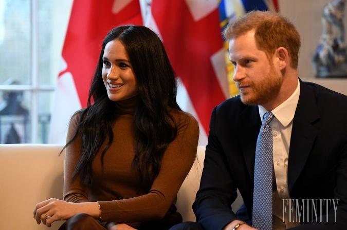 Princ Harry s manželkou Megan začiatkom roka šokovali správou, že