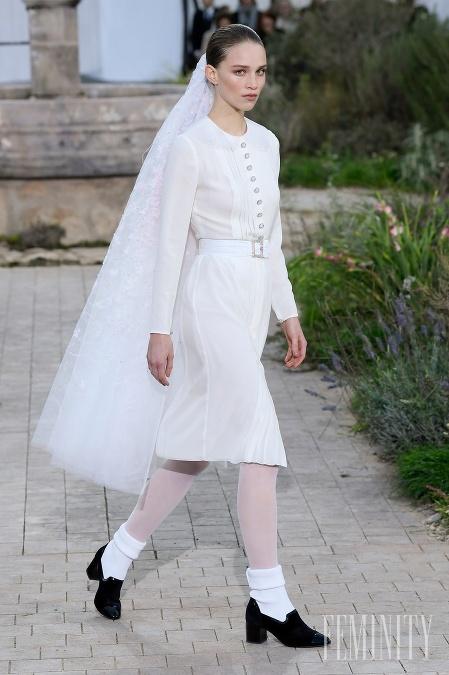 Svadobné šaty z dielne Chanel zaujmú hlavne eleganciou
