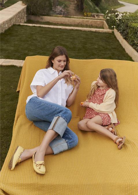 Z kolekcie Lasocki – Sense of summer si vyberie celá rodina trendové kúsky