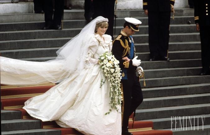 Lady Diana sa svojimi šatami zapísala do histórie