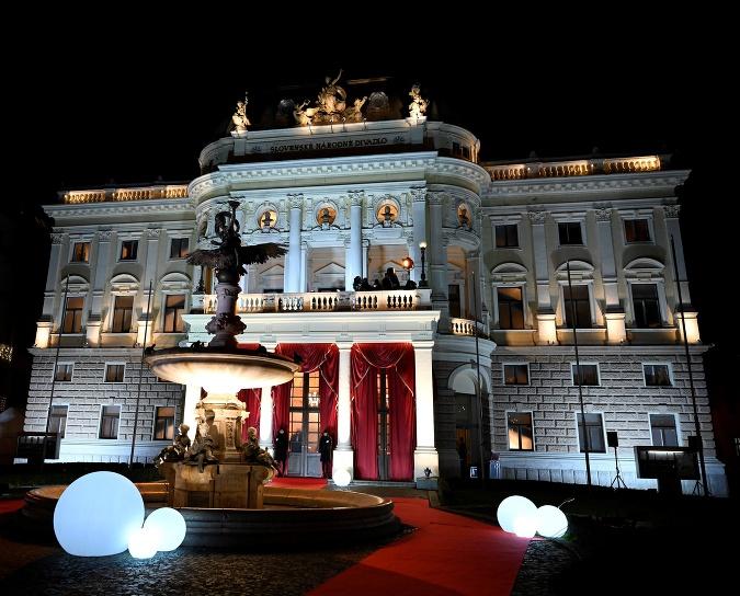 Historická budova SND, ktoré oslavuje tento rok svoju storočnicu
