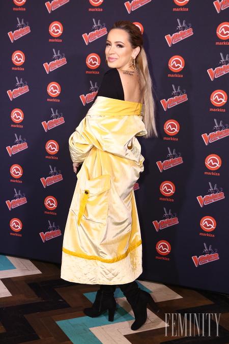 76e386221ac8 Speváčka Dominika Mirgová je v móde odvážna a vidno