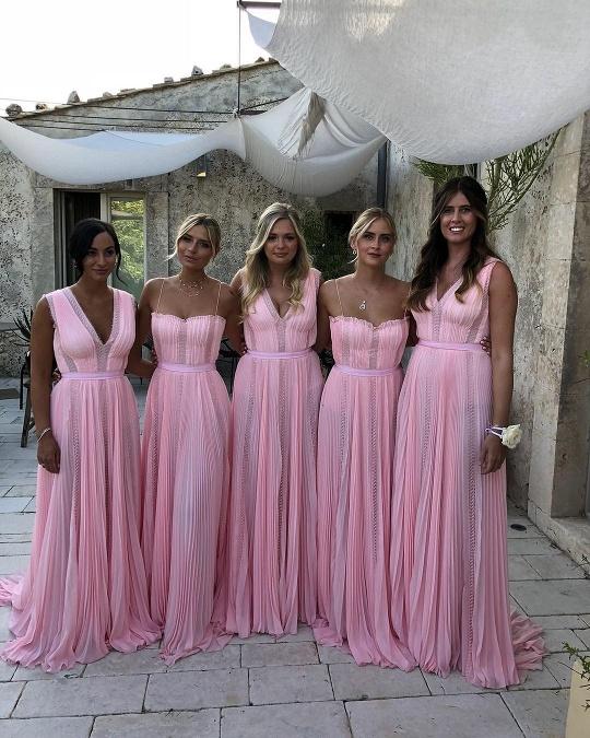 8abe312486 Šaty snov na krásnej Chiare Ferragni  Tieto štyri skvosty si ...