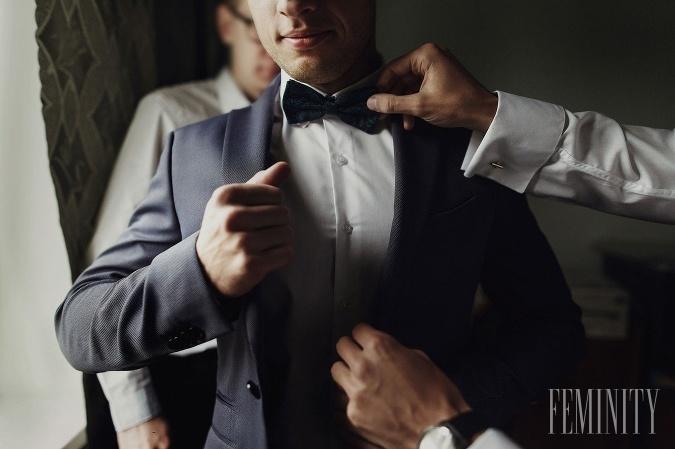 VIDEO  Výber svadobného obleku pre muža  Takýto oblek je univerzálny ... 5d95f73a176