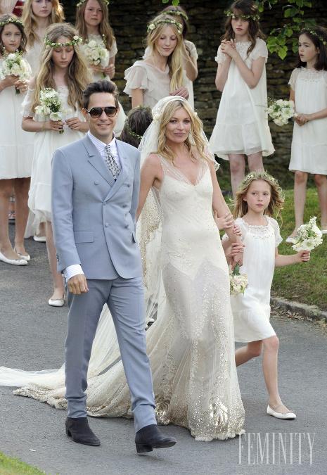 291ca633dcbf Najkrajšie svadobné šaty slávnych hviezd  Pozrite si