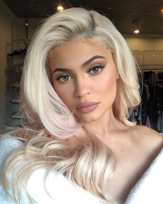 plné Kim Kardashian sex videa