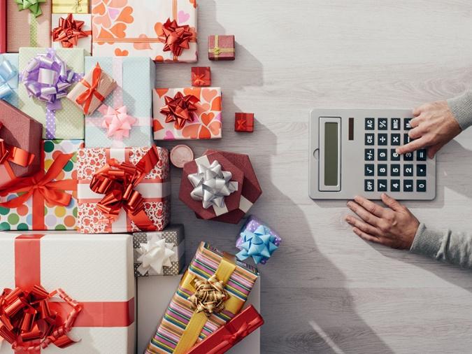 Koľko nás v skutočnosti stoja Vianoce  Výsledná suma Vám vyrazí dych ... 0627dfd8421