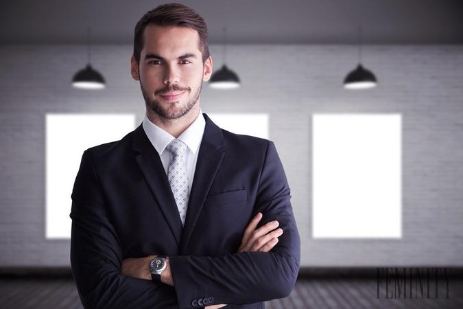 91ee4aee5e86 Biznis oblečenie v pracovnom prostredí  V čom robia muži ...