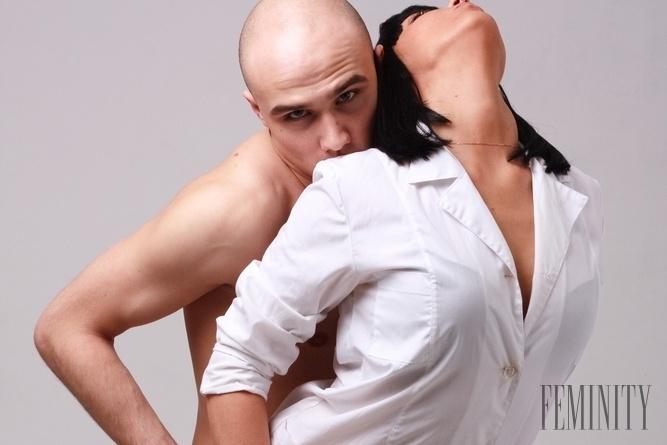 Vyhrnutá sukňa sex videá