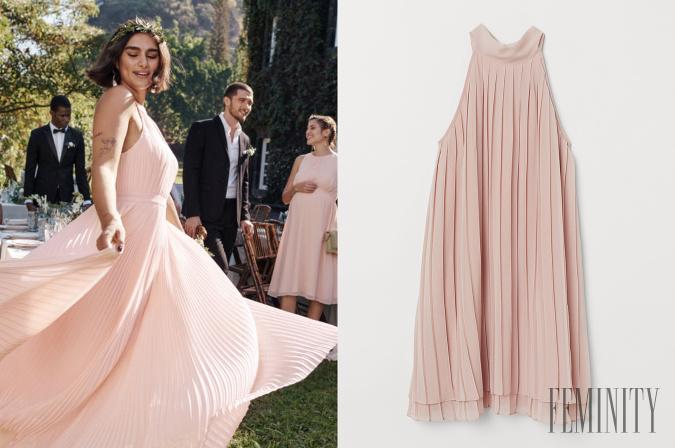 18c39ea2c56e Šaty okolo krku s nariasenou sukňou sú pohodlné a zároveň krásne vejú s  vetrom