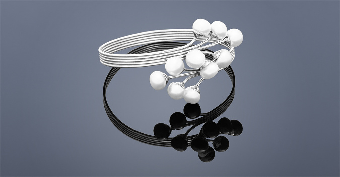 4e27f6768 Šperk z perál si môžete dovoliť aj vy: Prečo? | Feminity.sk
