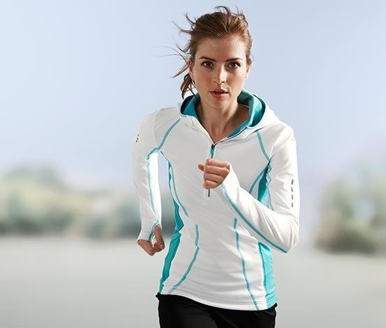 559003c65087 termotričko. termotričko. Foto  Tchibo. termotričko · funkčné tričko ·  Vyskúšajte dámsku mikroflísovú bundu · Tchibo športové oblečenie na chladné  dni